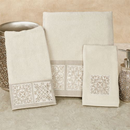 Ironworks Bath Towel Set Vanilla Bath Hand Fingertip