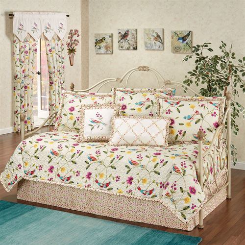 Sweet Tweet Daybed Set Light Cream Daybed