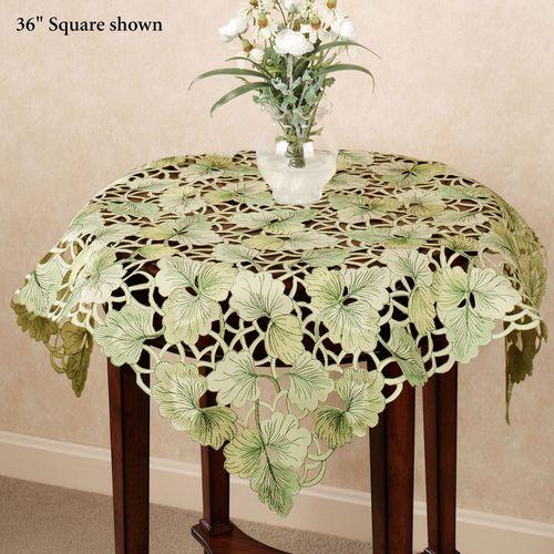 Ginkgo Leaves Table Topper Light Green