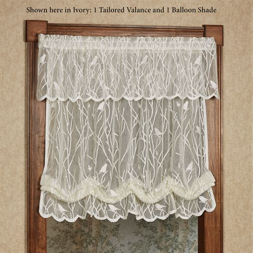 Troubadour Lace Balloon Shade 56 x 63