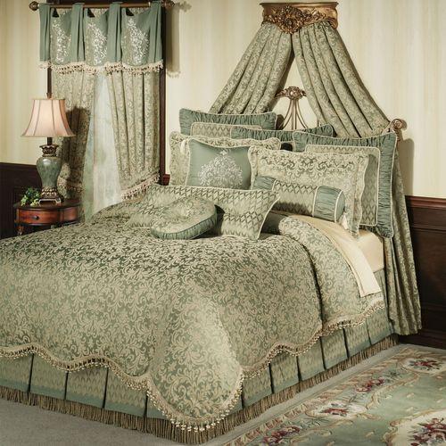 Aberdeen Comforter Set