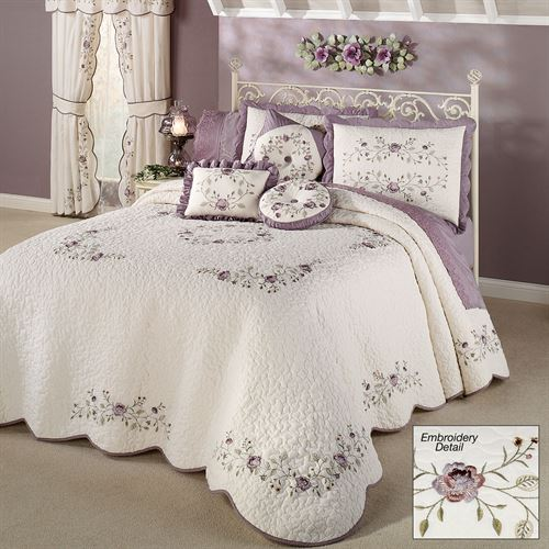 Antique Bloom Grande Bedspread Dusty Lavender