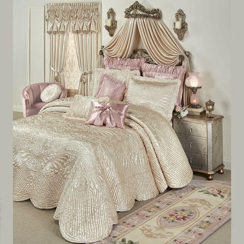 Portia Grande Bedspread Pearl
