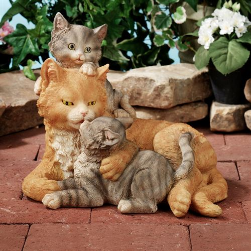 Kisses of Love Cats Sculpture Gray