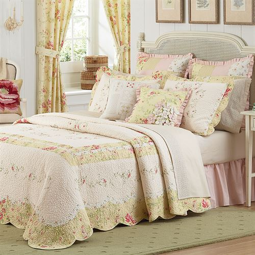 Prairie Bloom Bedspread Light Cream