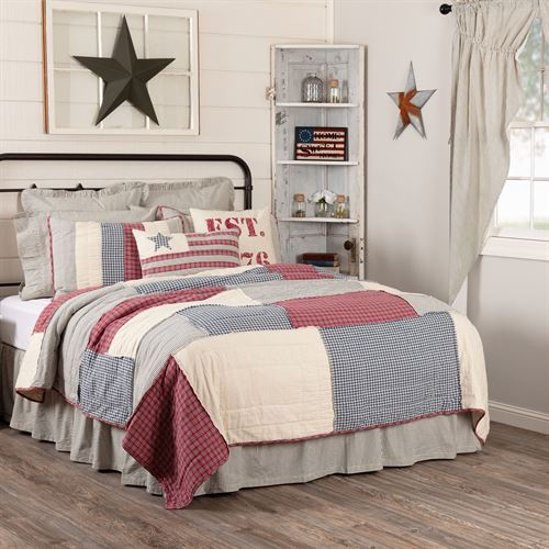 Hatteras Patch Quilt Light Almond