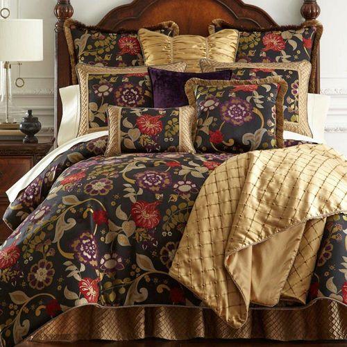 Escapade Comforter Set Black