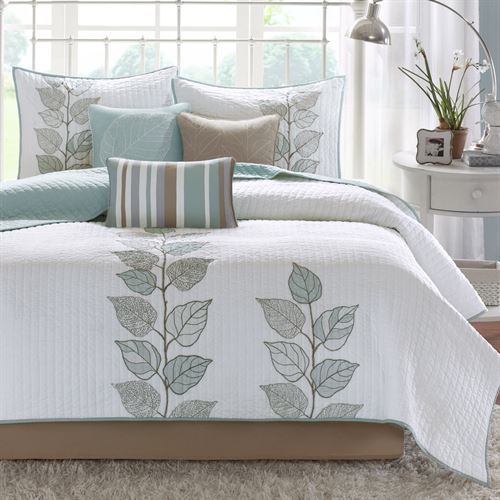 Caelie Coverlet Bed Set Aqua Mist