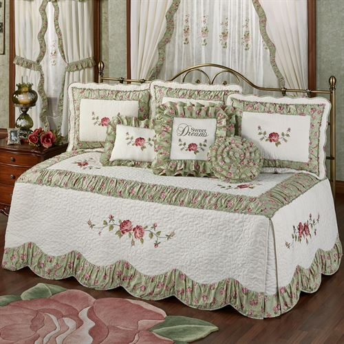 Cordial Garden Daybed Set Celadon Daybed