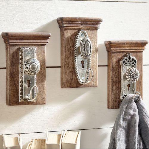 Petal Doorknob Wall Hook Brown