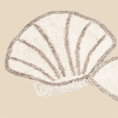 Scallop Shell Bath Rug Sand 29 x 32