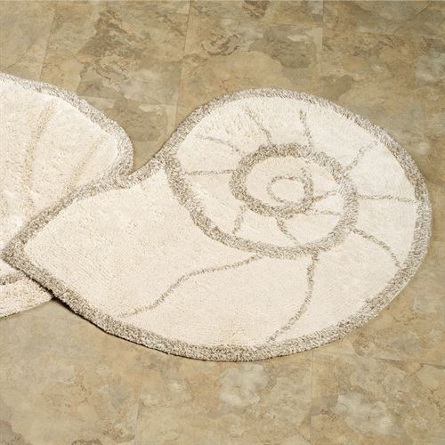 Nautilus Shell Bath Rug Sand 25 x 33