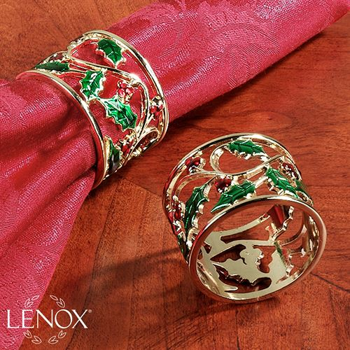 Holly and Berries Napkin Ring Set