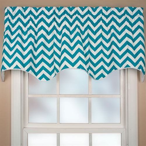 Reston Scalloped Valance 50 x 17