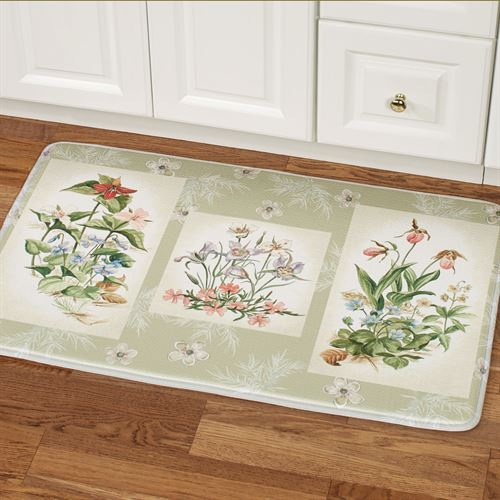Three Bouquets Cushioned Rectangle Mat Pale Green 35 x 23