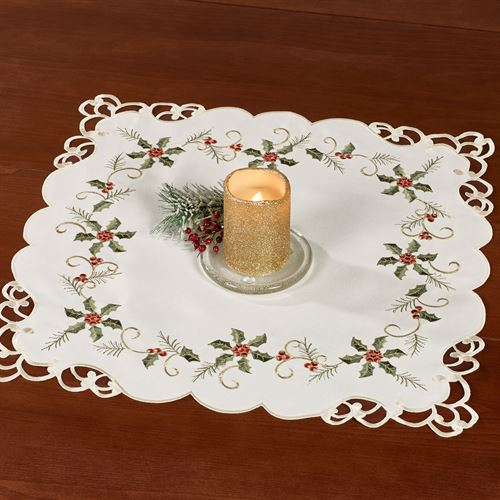 Boughs of Holly Small Table Topper Cream 20 Square