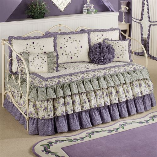 Serenade Daybed Set Wisteria Four Piece Set