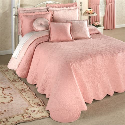 Evermore Grande Bedspread Coral Blush