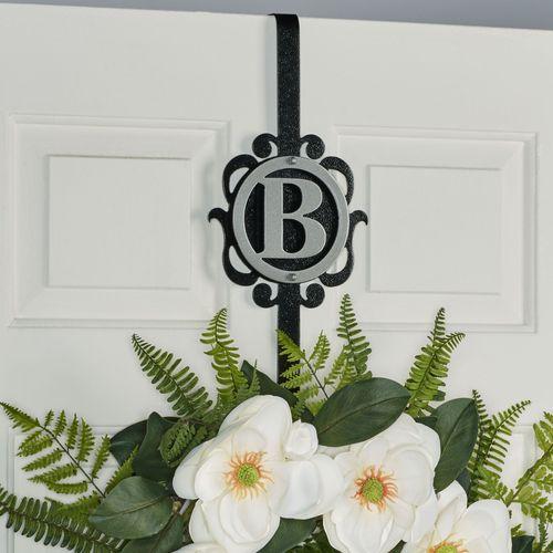Overture Monogram Wreath Hanger Silver/Black