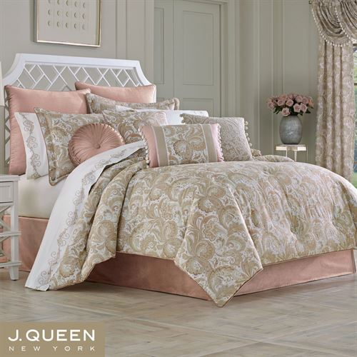 Caitlin Paisley Inspired Acanthus Leaf Comforter Bedding