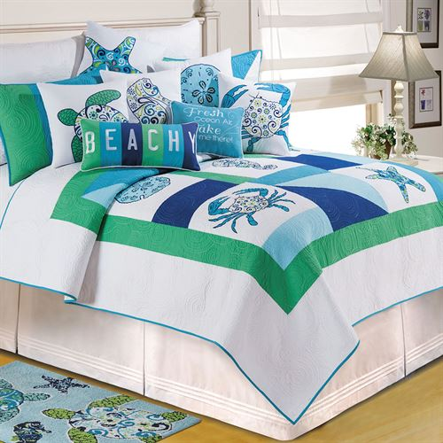 Meridian Waters Quilt White
