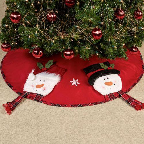 Frosty Friends Tree Skirt Red