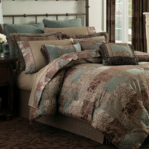 Galleria II 4 pc Comforter Set Chocolate