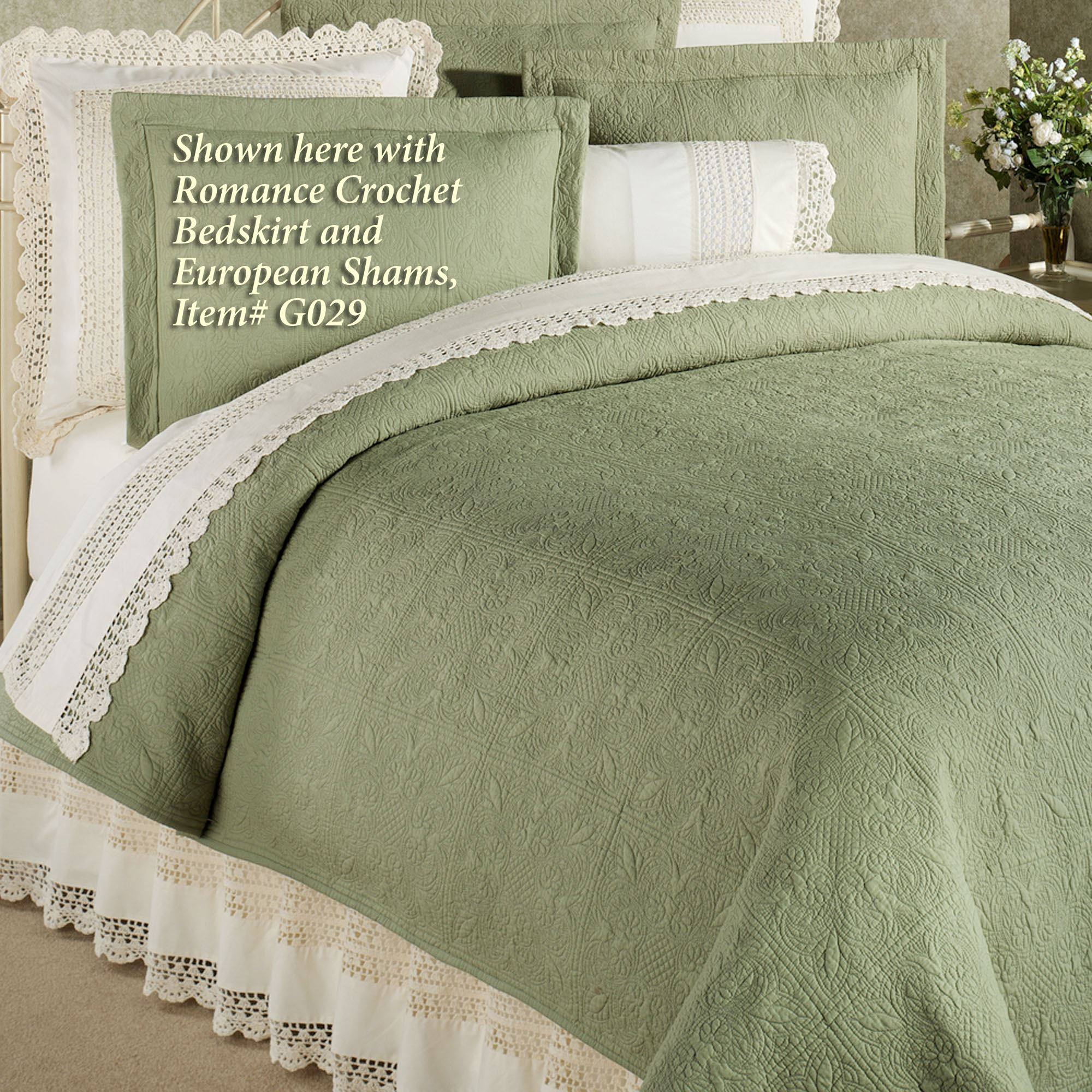 Favorite Reversible Elise Matelasse Quilt Bedding UV16