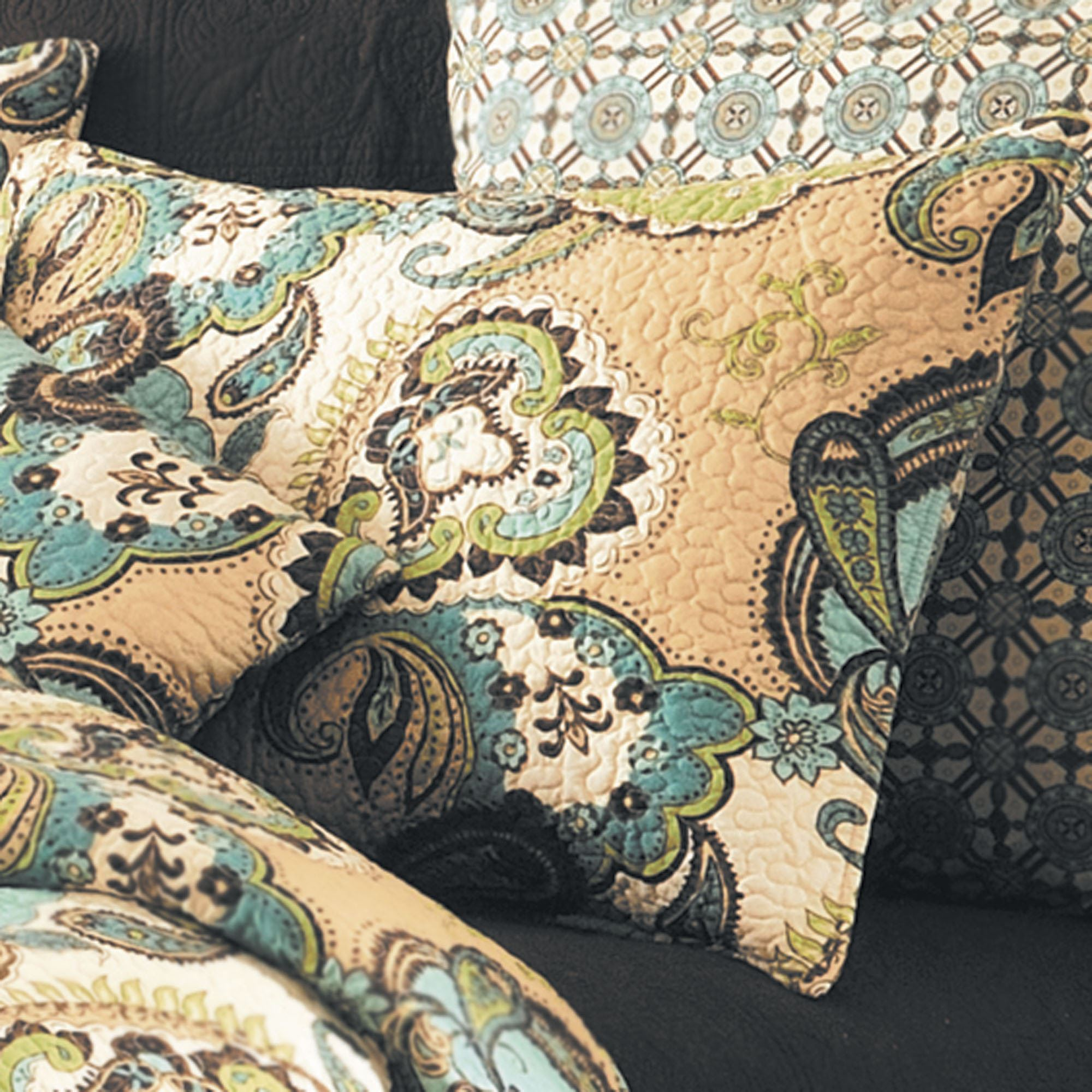 paisley bedding daphne expand p to click quilts medallion blue quilt