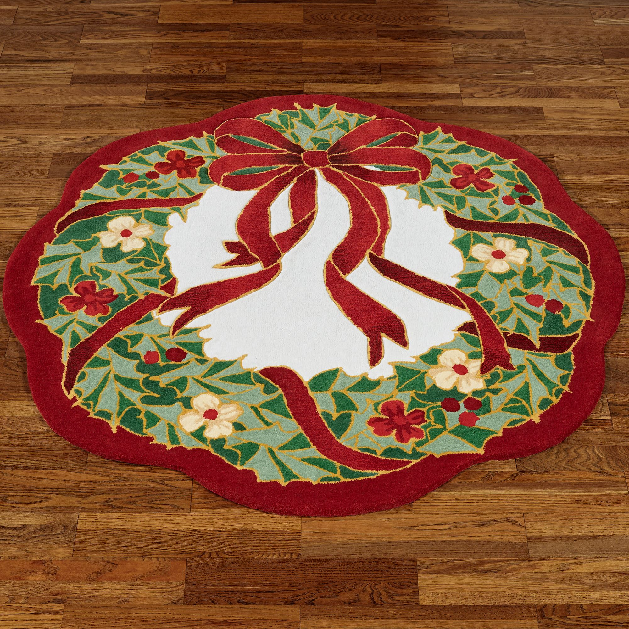 Happy Holly Scalloped Holiday Rugs