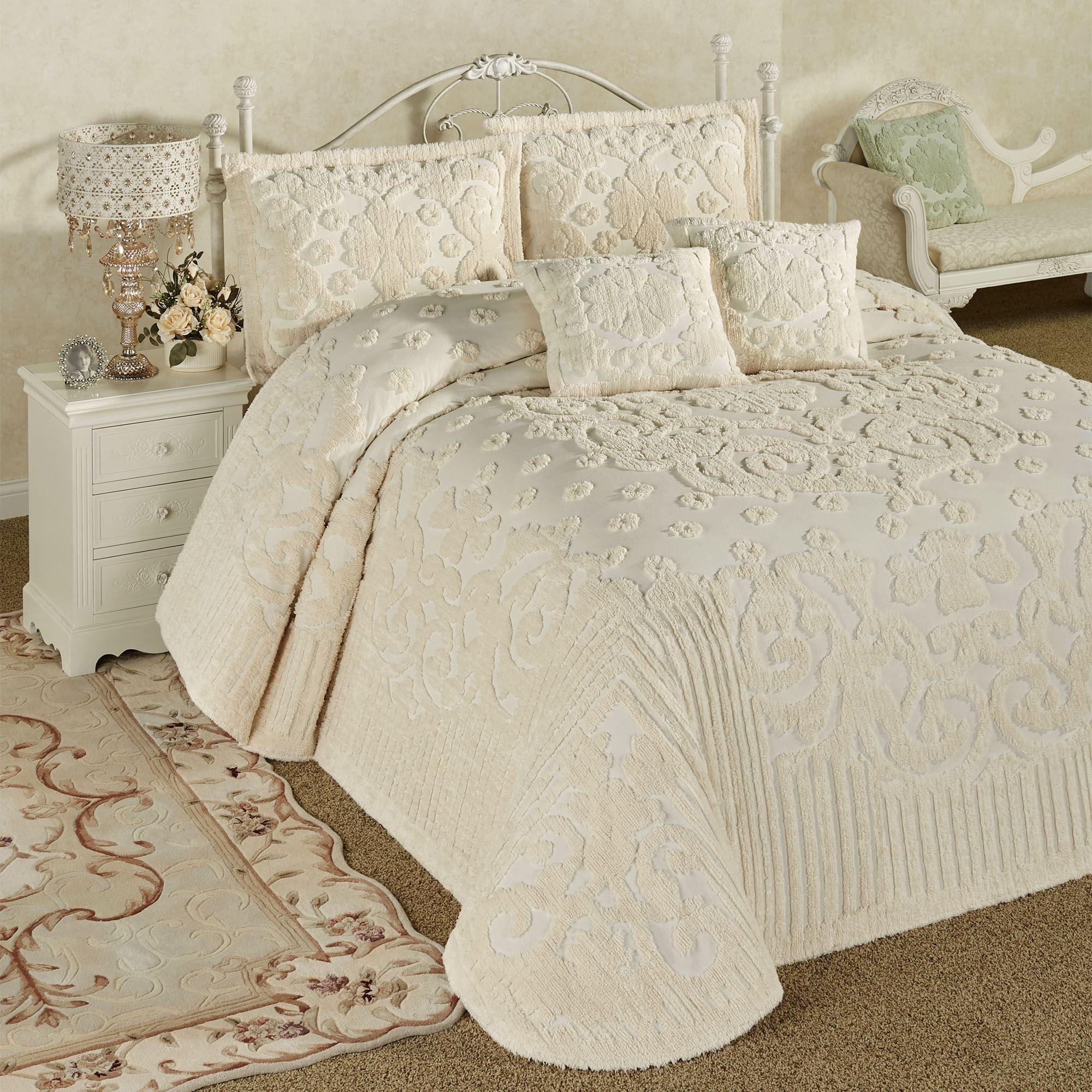 Laurent Ecru Cotton Chenille Oversized Bedspread Set