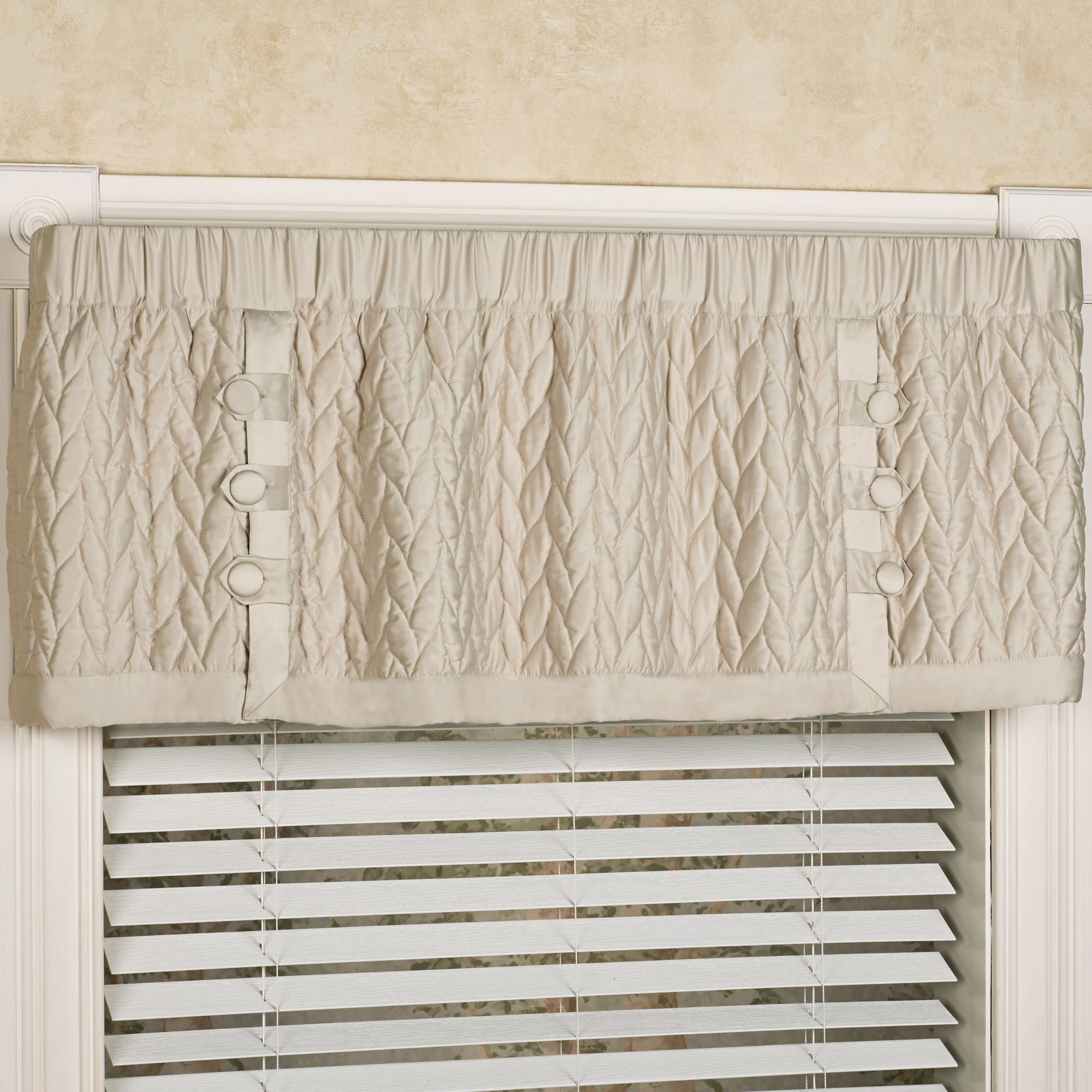 awesome decorations valance window for ideas of valances living best home lined image in room rooms scenic
