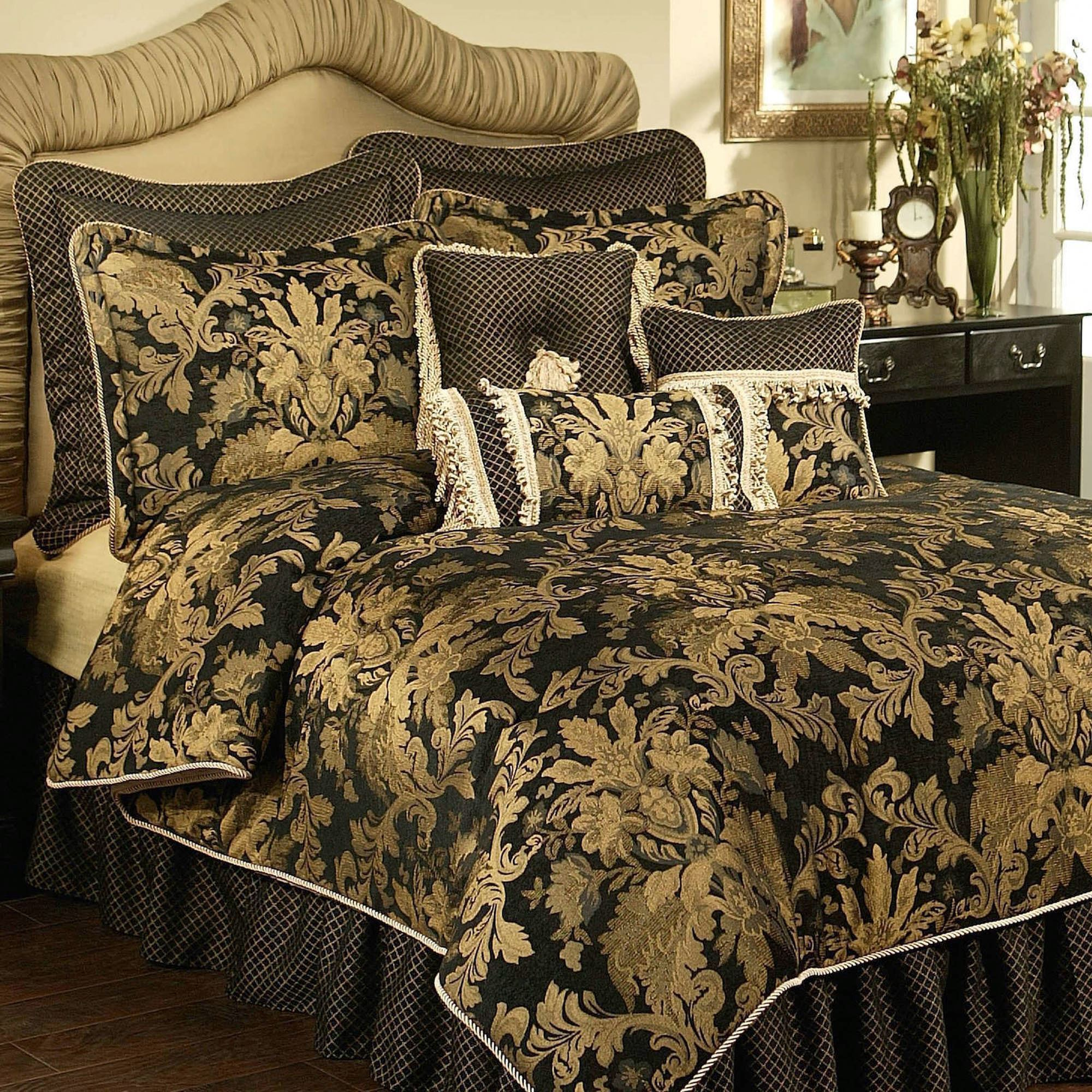 Mediterranean Bedding Sets