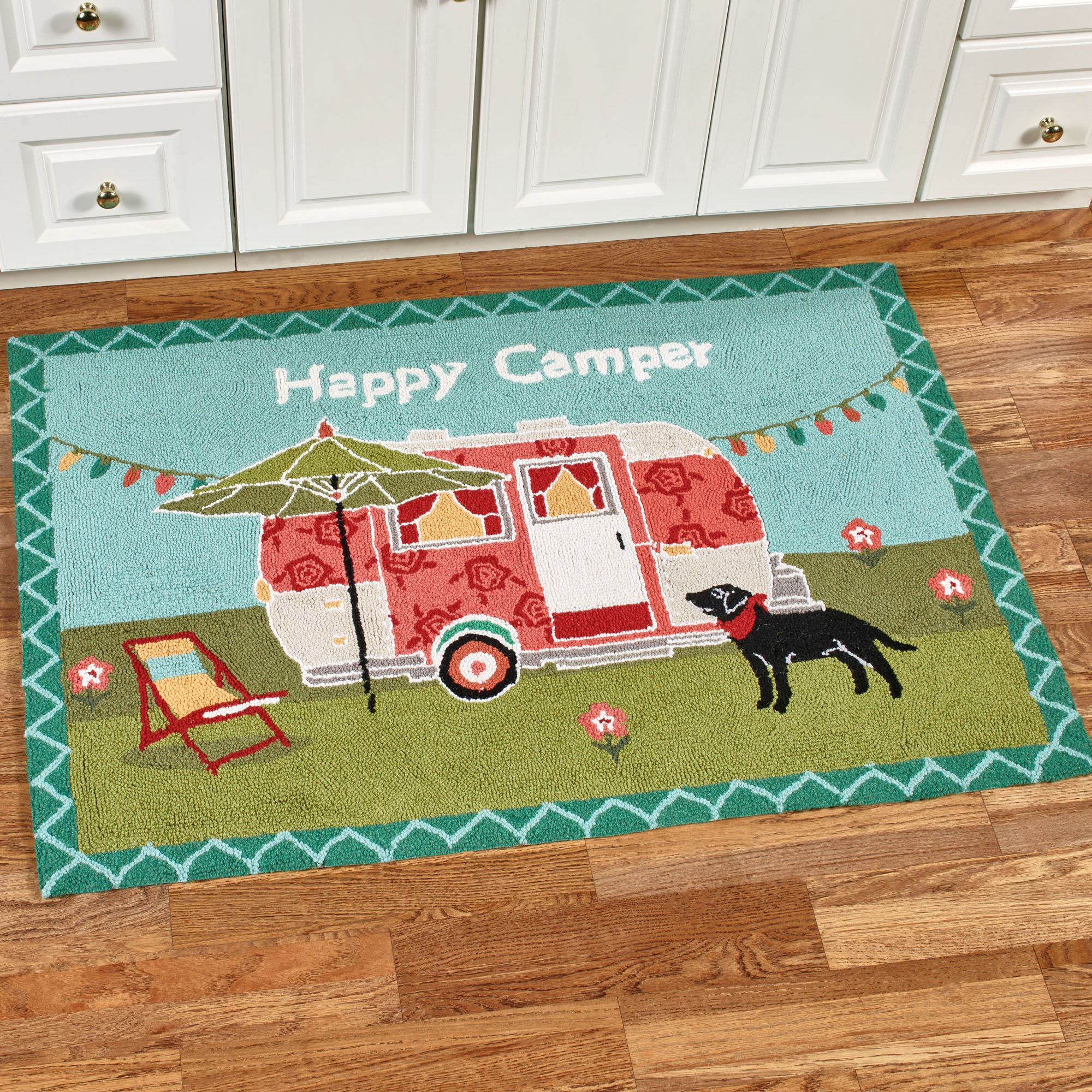 Happy Camper Retro Hooked Wool Accent Rug
