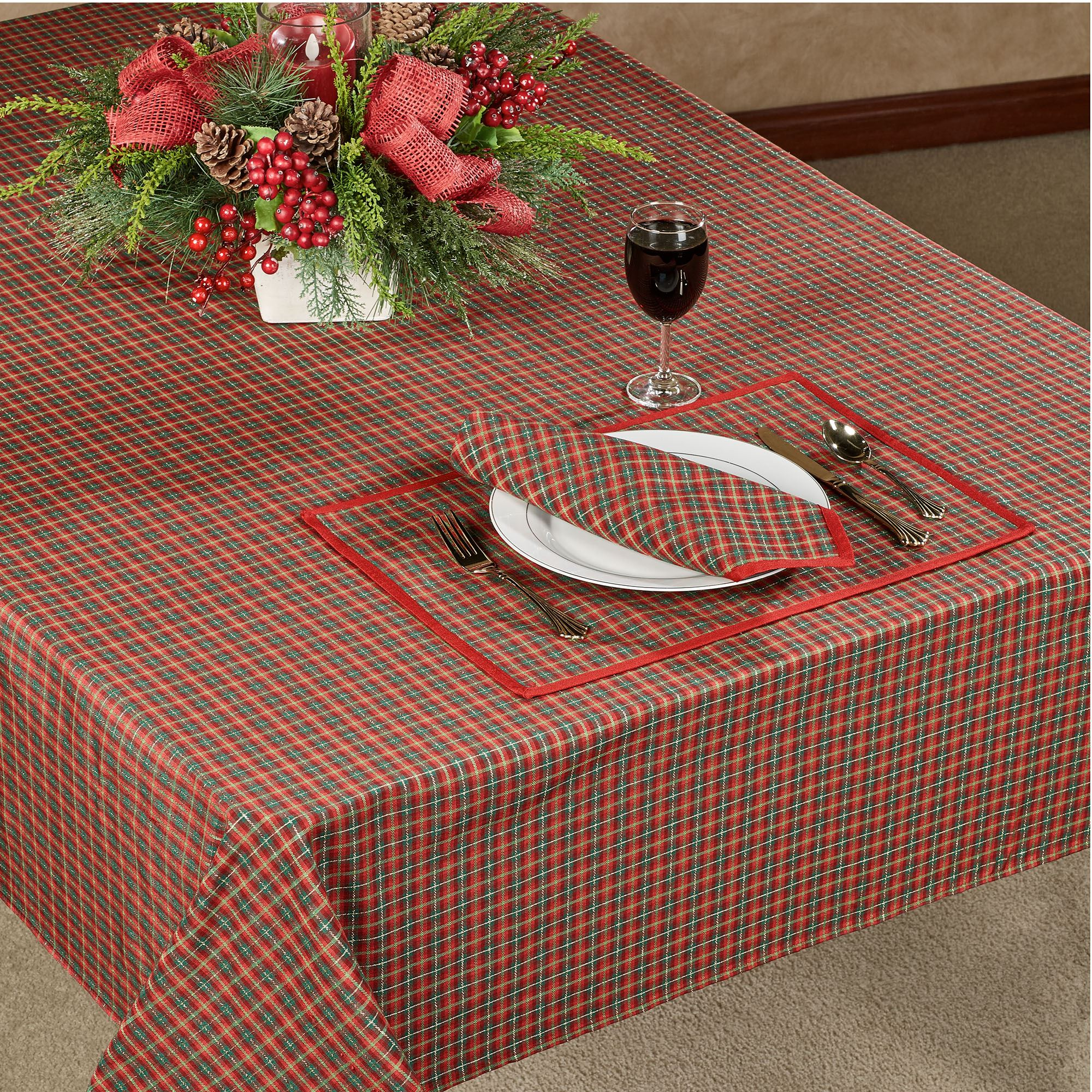Holiday Nouveau Joyful Oblong Tablecloth Red