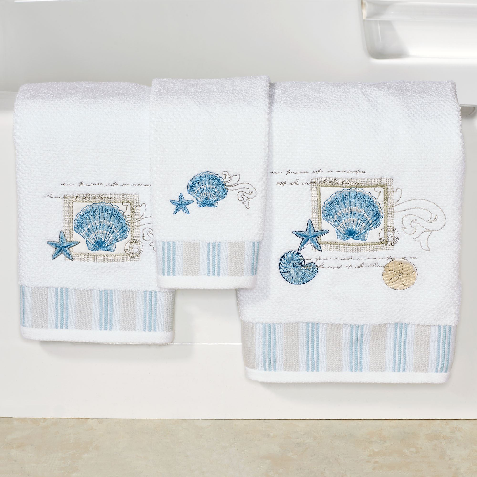 Island View Embroidered Seashell Coastal Bath Towel Set