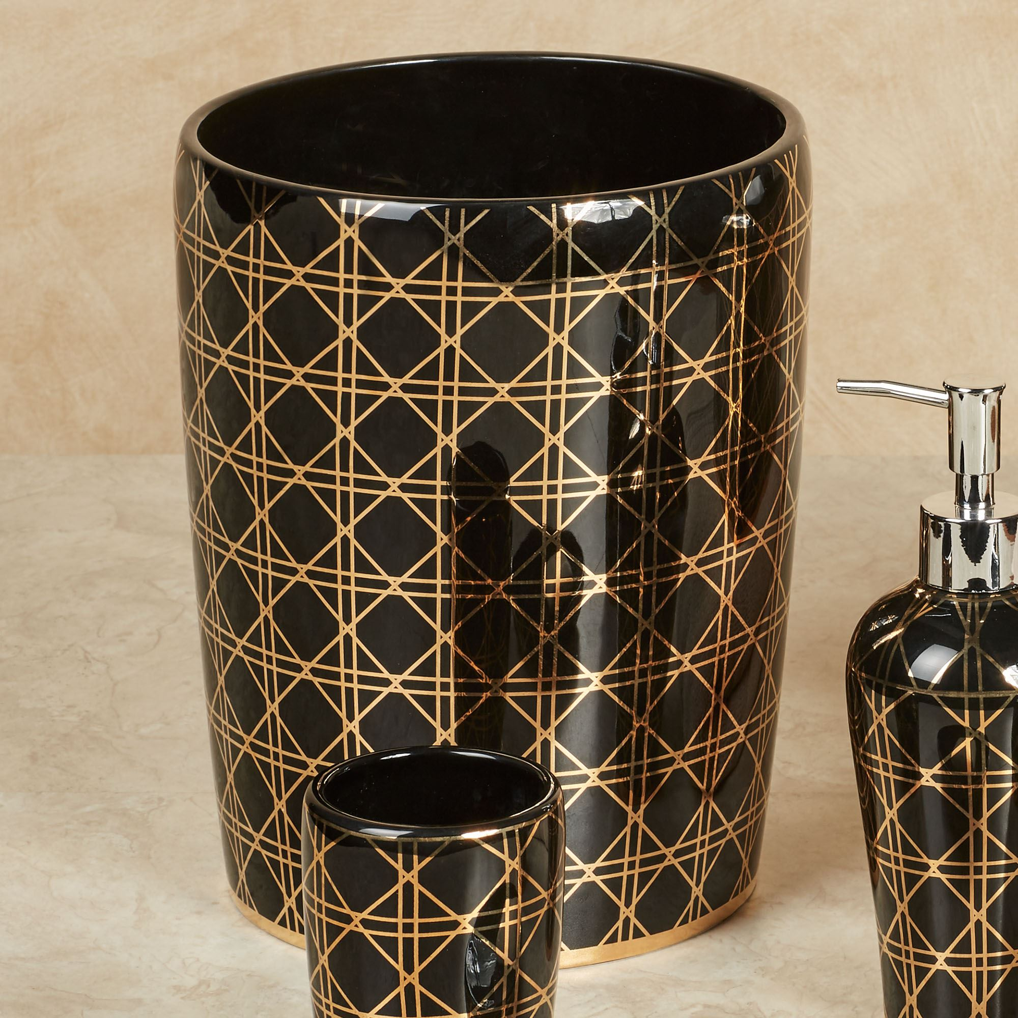 beauty black and gold geometric bath accessories. Black Bedroom Furniture Sets. Home Design Ideas