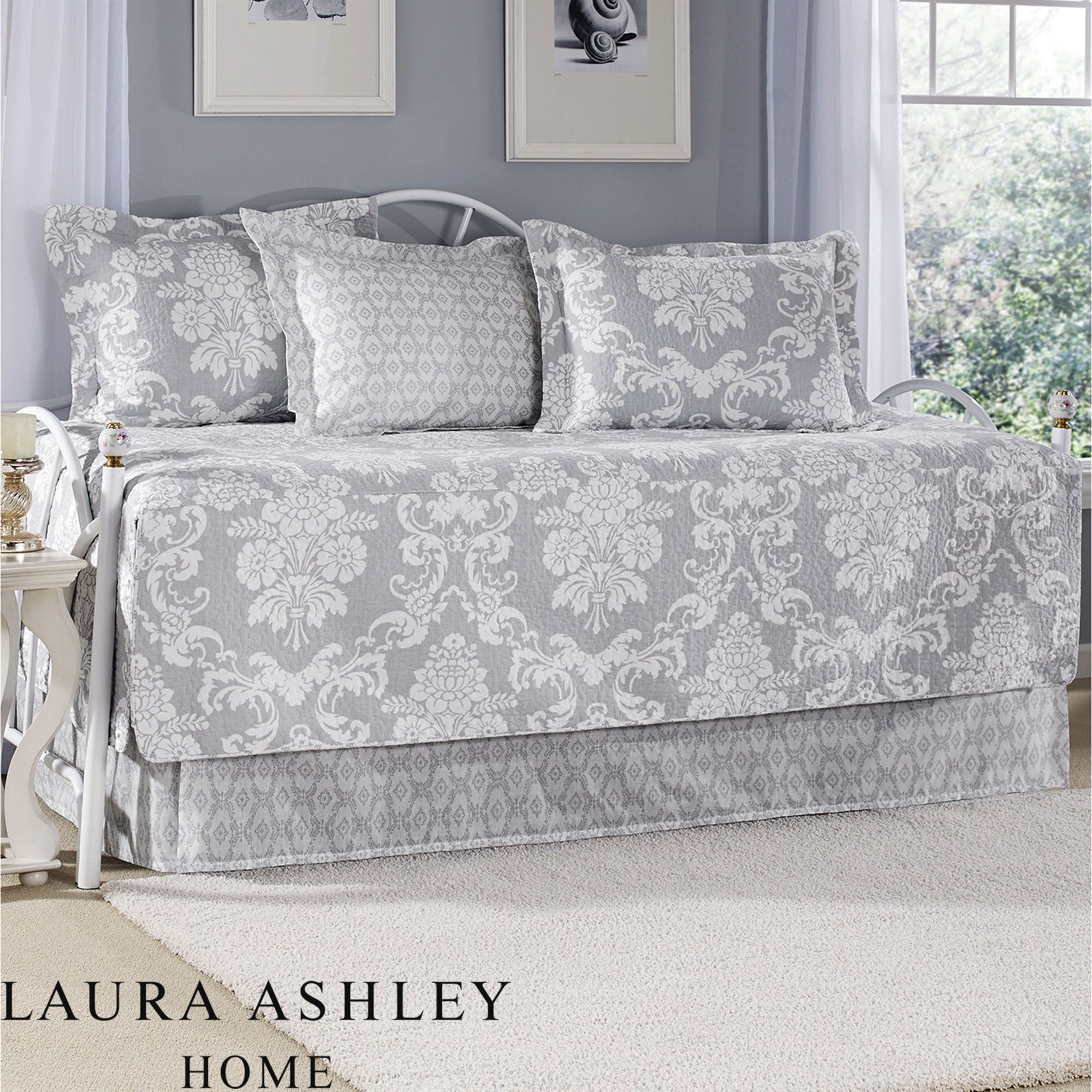 Venetia Daybed Set Gray Daybed. Click To Expand