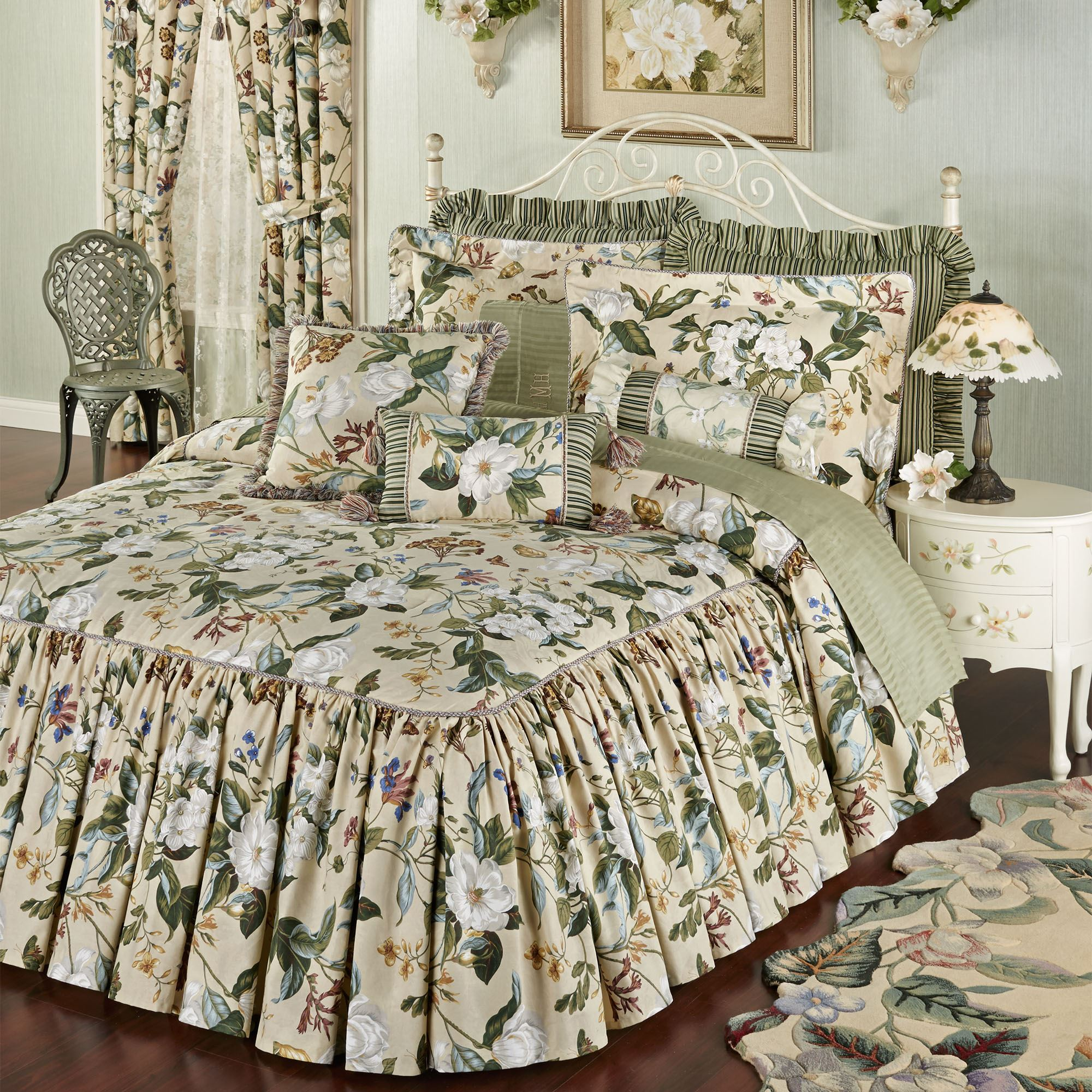 Feminine Bedroom Decorating Ideas Garden Images Iii Magnolia Floral Ruffled Flounce Bedspread