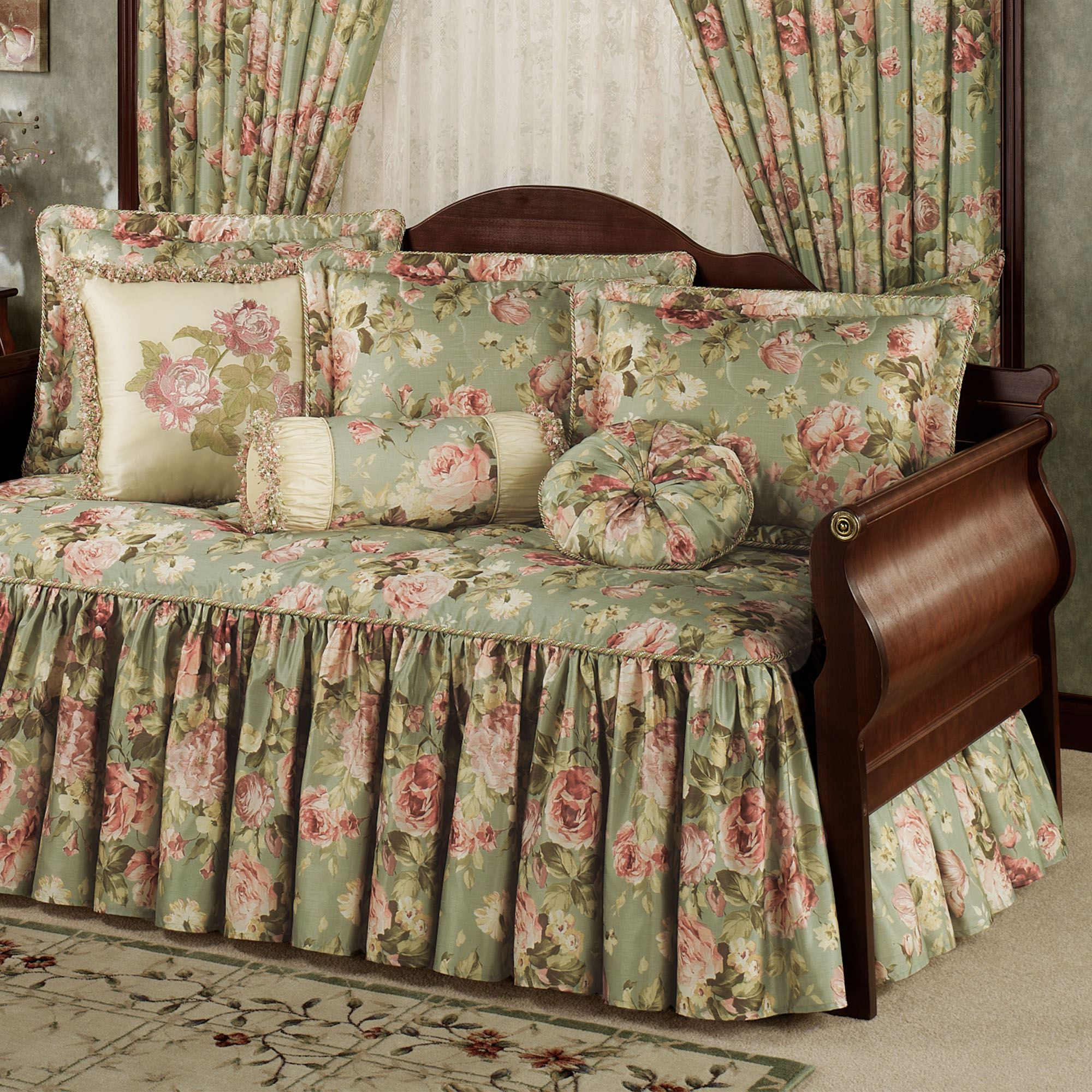 Summerfield Floral Daybed Bedding