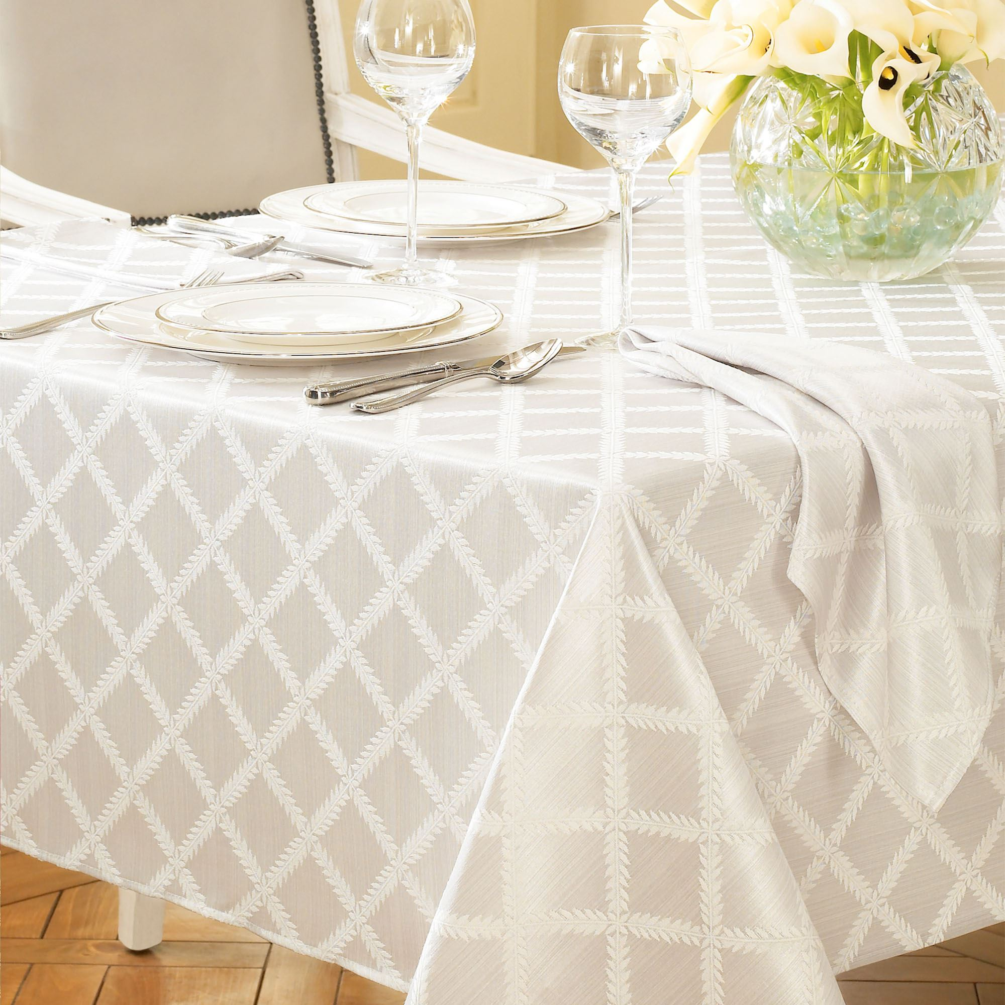 Laurel Leaf Oblong Tablecloth