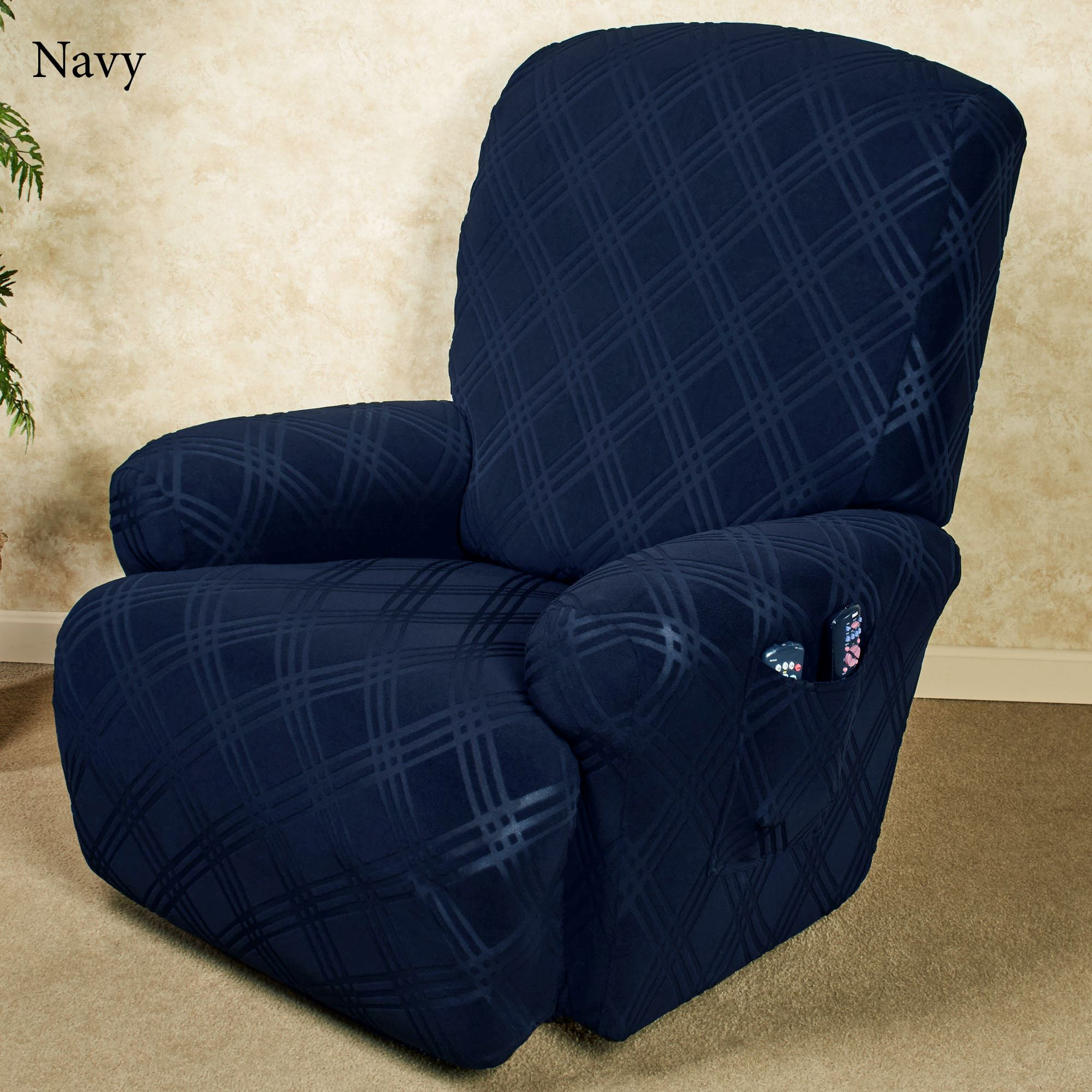 Genial Double Diamond Stretch Slipcover Recliner