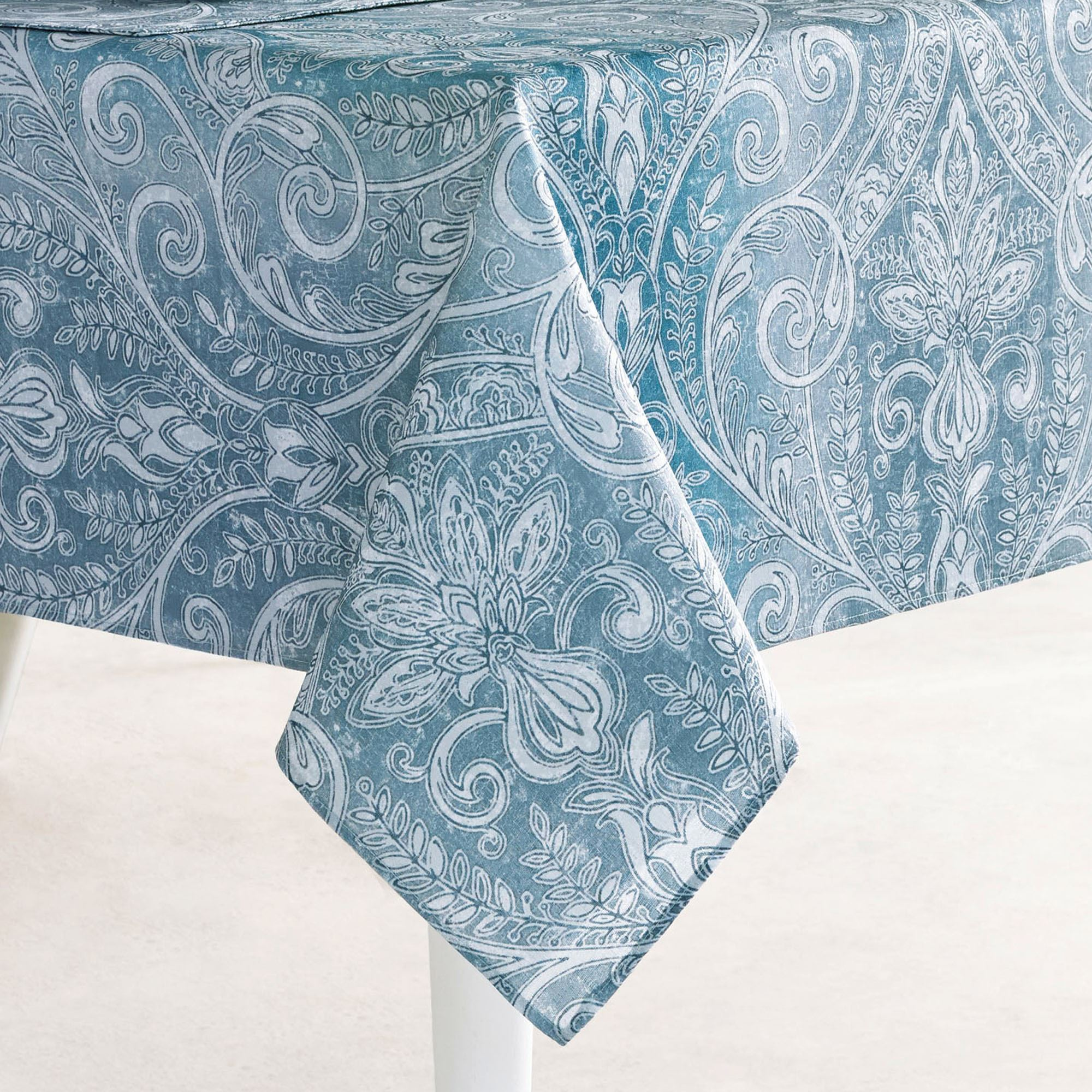 Caroline Oblong Tablecloth Blue