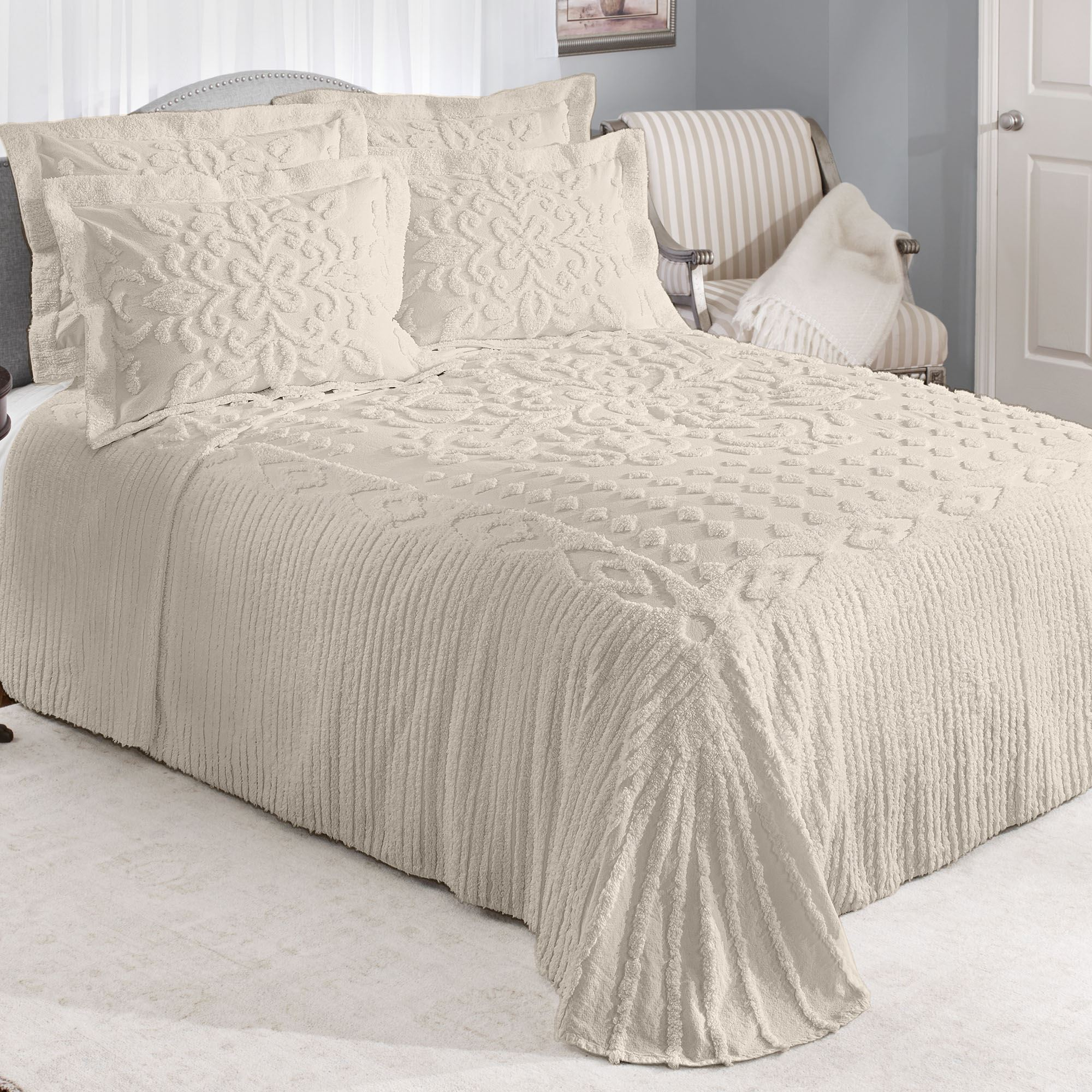 Silvia Solid Color Cotton Chenille Bedspread Bedding