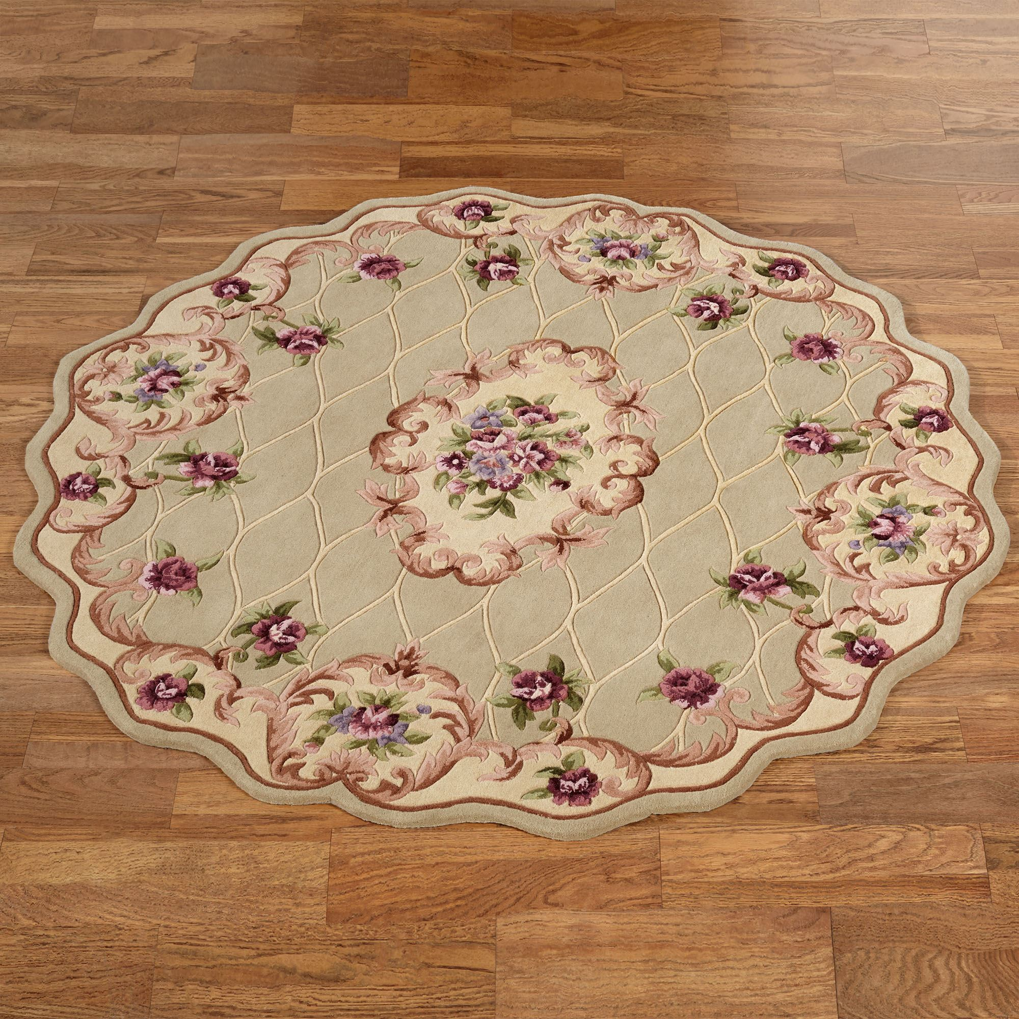 Marquis Aubusson Floral Scalloped Round Rugs