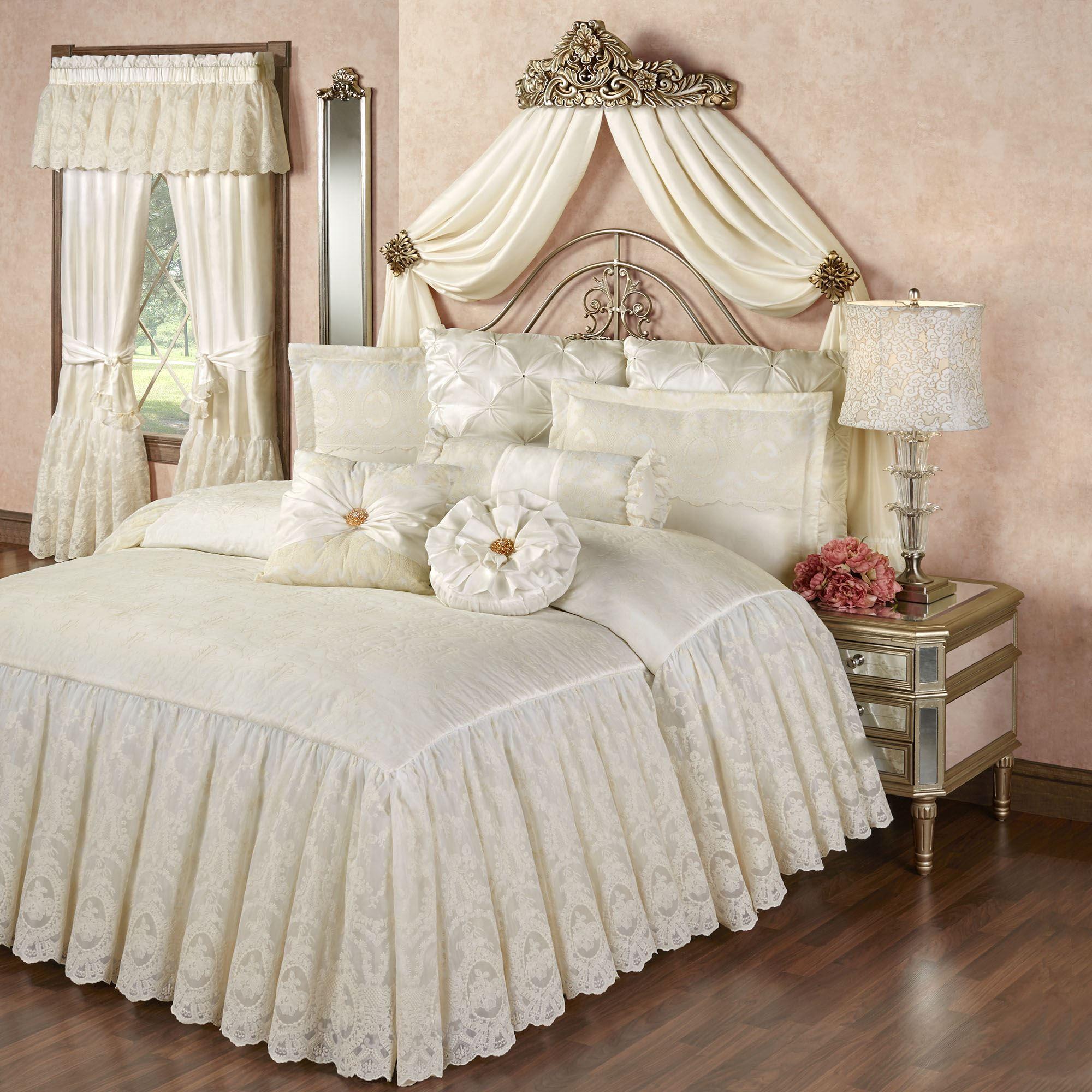 Cameo Lace Romantic Vintage Style Grande Bedspread Bedding