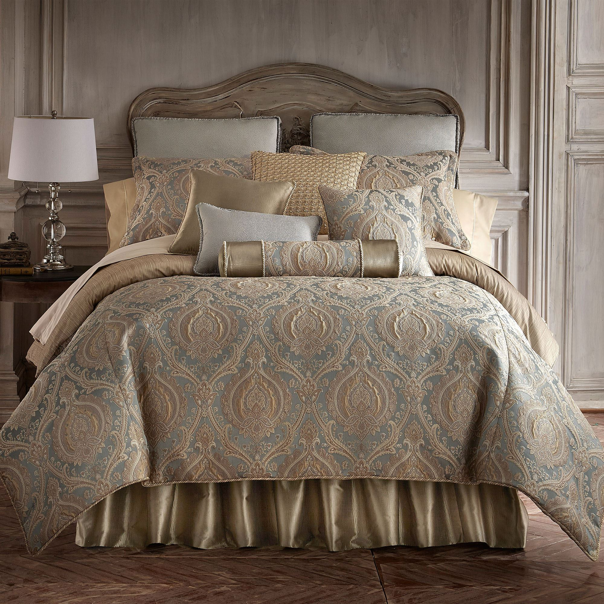 Norwich Medallion Comforter Bedding By Rose Tree