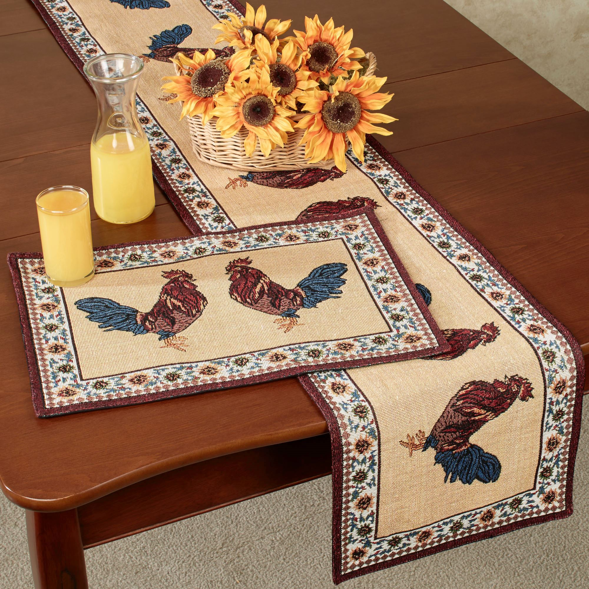 Rooster Rustica Table Linens