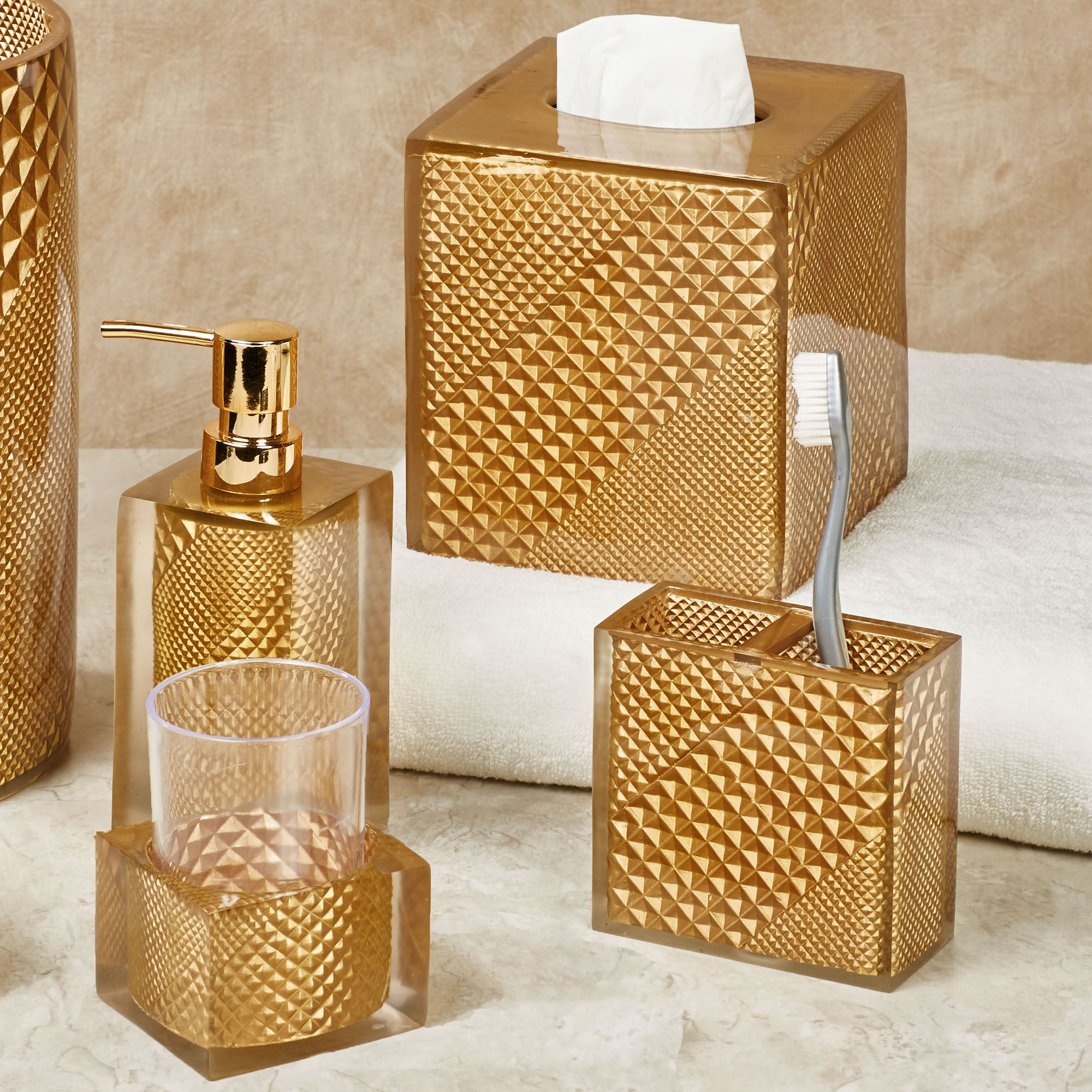 Diamond Elite Gold Bath Accents by Sherry Kline