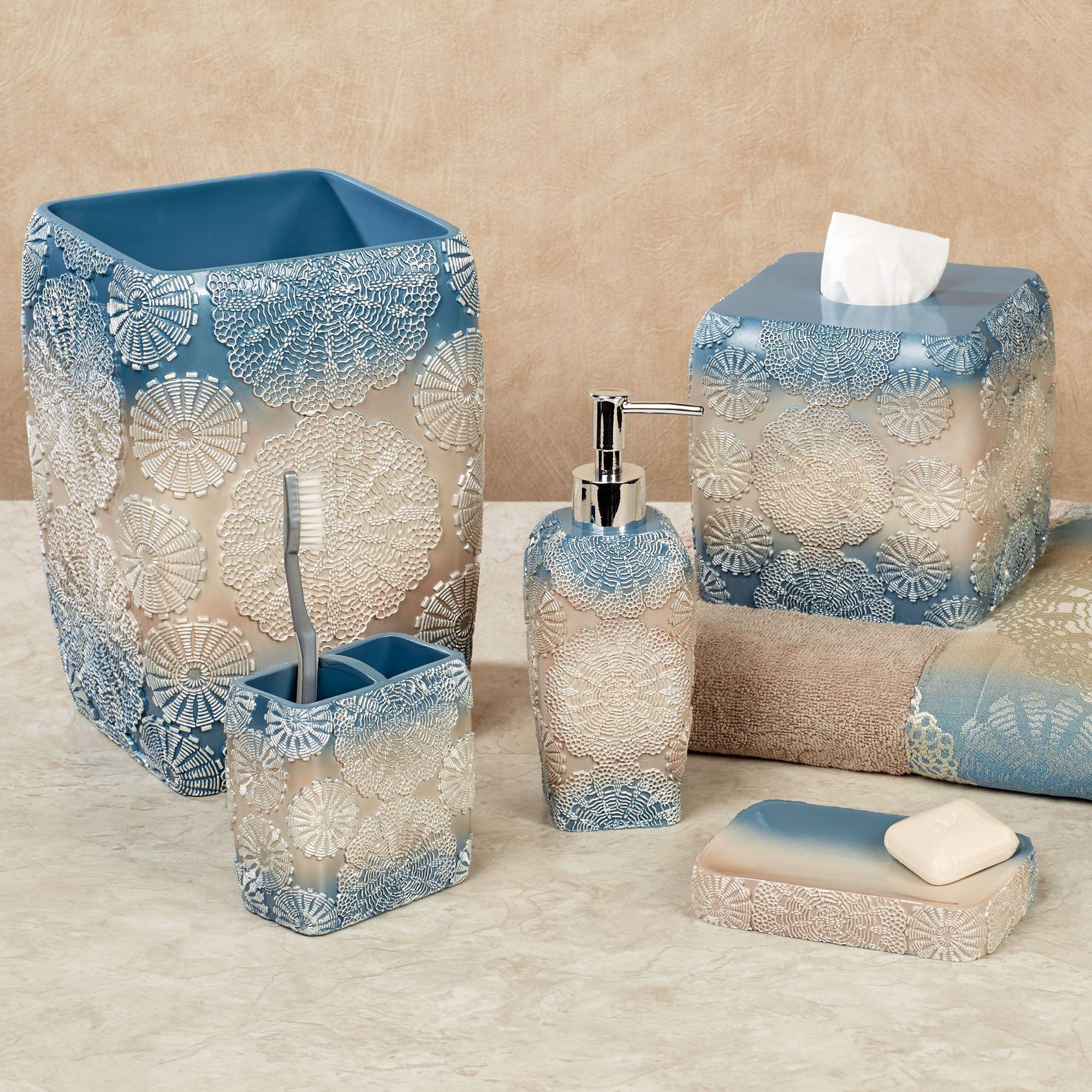 Fallon Blue Ombre Medallion Bath Accessories